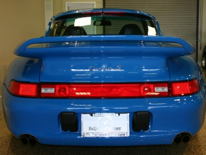 The Difference Between a Porsche 993 Turbo and a Porsche 993 Turbo S