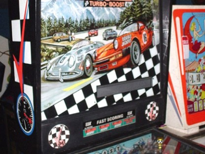 4 Reasons We Need a Porsche Pinball Machine
