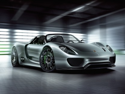 Porsche Goes Back to the Future With Their 918 Spyder Concept