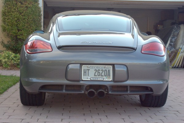 Looking at the rear of a 2009 Porsche Cayman S
