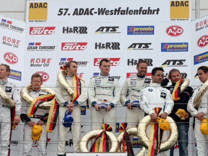Three successful Porsche premieres at the Nürburgring Long Distance Championship
