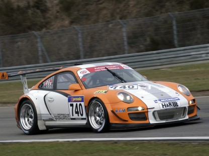 Porsche Motorsport Newsletter: 2010 Volume 3