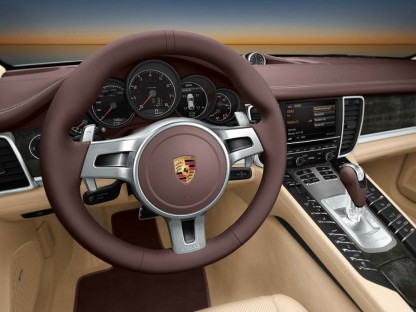 PORSCHE PANAMERA WINS A WARD'S AUTO INTERIOR OF THE YEAR AWARD FOR 2010