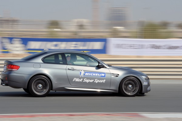 bmw braking hard at dubai autodrome for Michelin Pilto Super Sport
