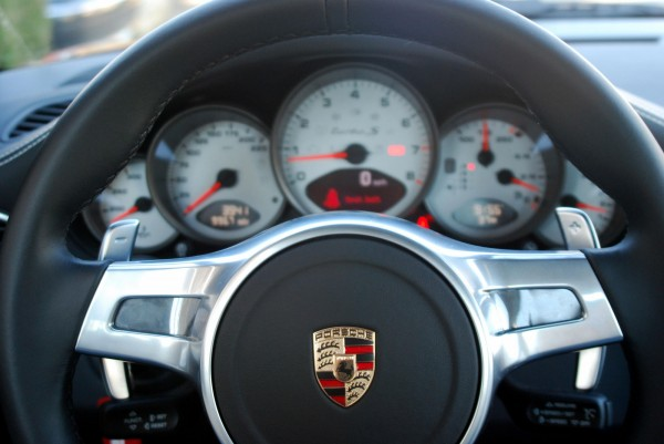 Porsche 911 Turbo S paddle Shifters