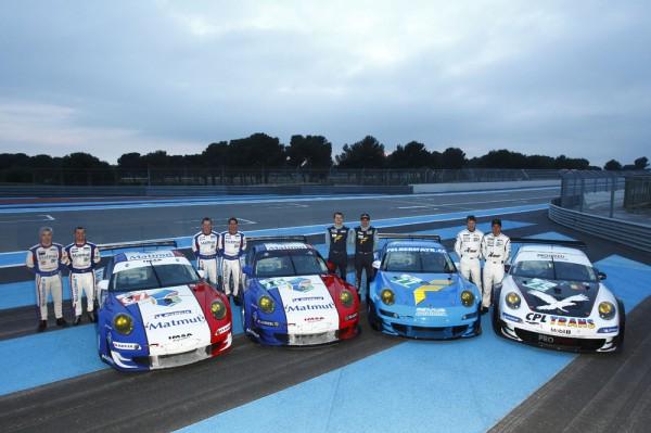 Porsche teams testing at Le Mans