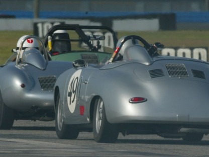 Porsche Rennsport Reunion IV and Porsche Race Car Classic to Complement Each Other