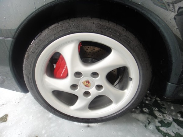 Porsche wheel cleaned with Griot's Garage Heavy Duty Wheel Cleaner