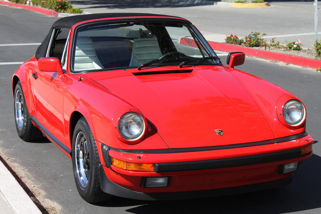 featured porsche for sale 1984 911 carrera cabriolet flatsixes. Black Bedroom Furniture Sets. Home Design Ideas