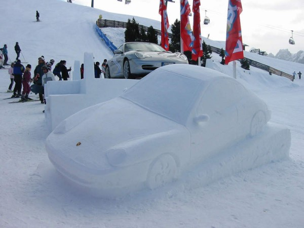 Porsche made of sculpted from snow