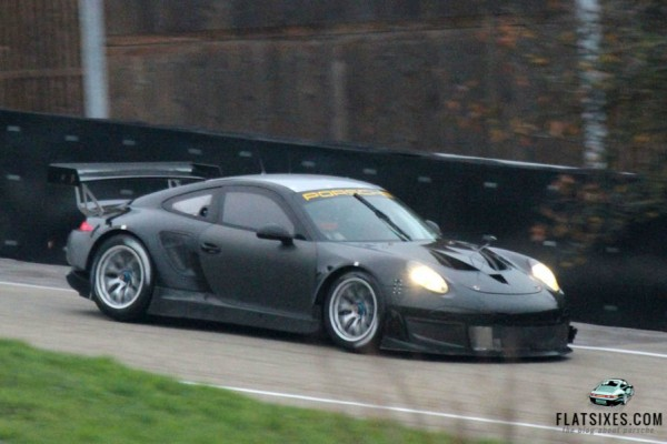 porsche 991 rsr-side-spy-shot