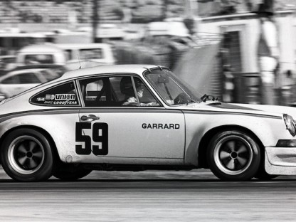 How Ron Thomas Built a Replica of the 1973 911 RSR That Won Daytona in Just 3 Months