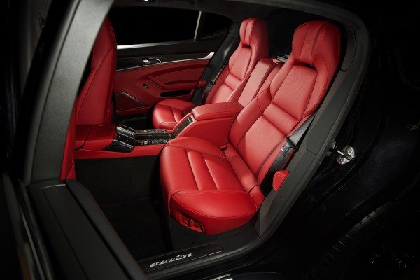 2014 Porsche Panamera Turbo Executive interior