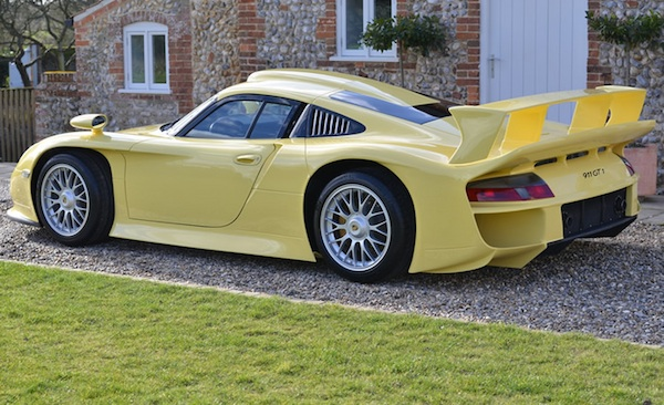 rare porsche 911 gt1 evo 39 strassenversion 39 for sale flatsixes. Black Bedroom Furniture Sets. Home Design Ideas