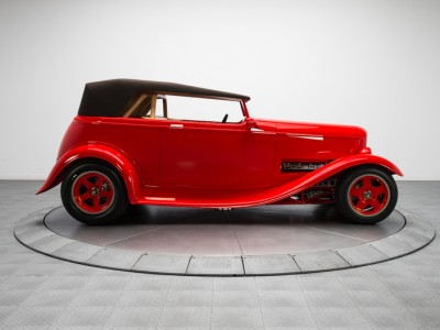 1932-Ford-Roadster_264708_low_res