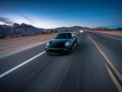 "What It's Like To Drive Nearly 200 MPH In The 835 HP Switzer-Built 997 Turbo ""E911"""