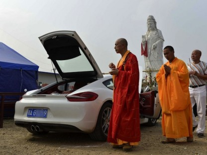 Porsche Cayman Gets A Drive Through Blessing At Buddhist Temple In China