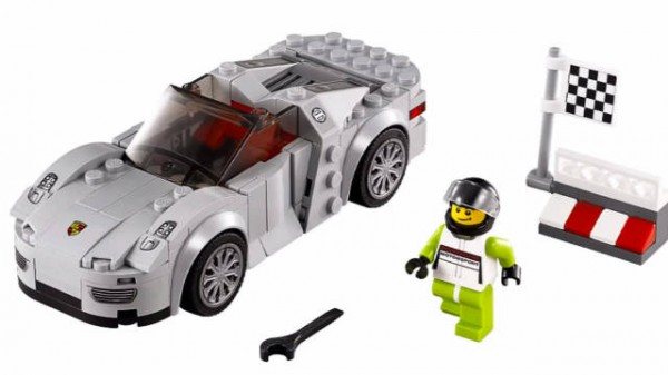 lego adds porsche 918 and 911 rsr to their speed. Black Bedroom Furniture Sets. Home Design Ideas