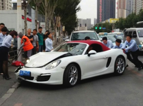 Porsche Boxster Crash