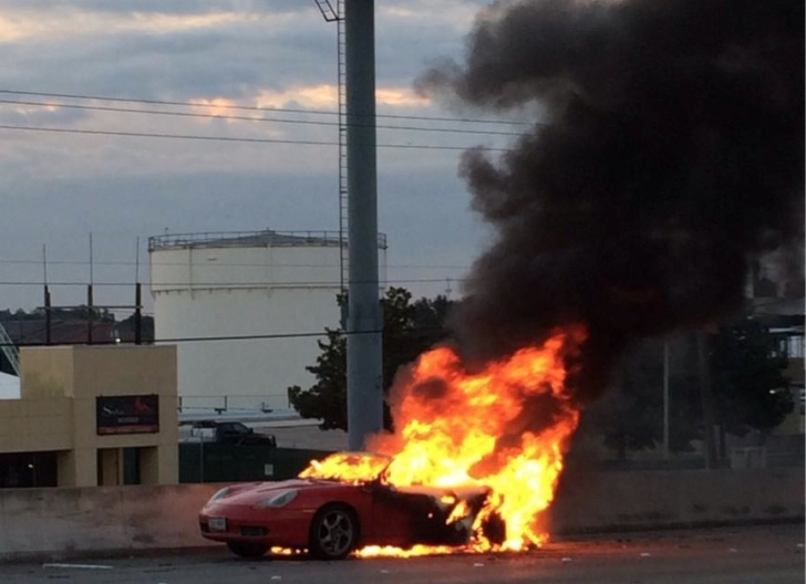 Houston Highway Halted By Burning Boxster Flatsixes