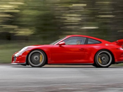 Road & Track Name Porsche's 991 GT3 2015 Performance Car of The Year