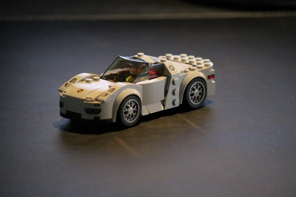 we build our own porsche 918 with some help from lego. Black Bedroom Furniture Sets. Home Design Ideas