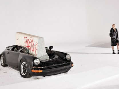 "Rag & Bone Destroys Aircooled 911 For Fashion Week, Calls It ""Art"""