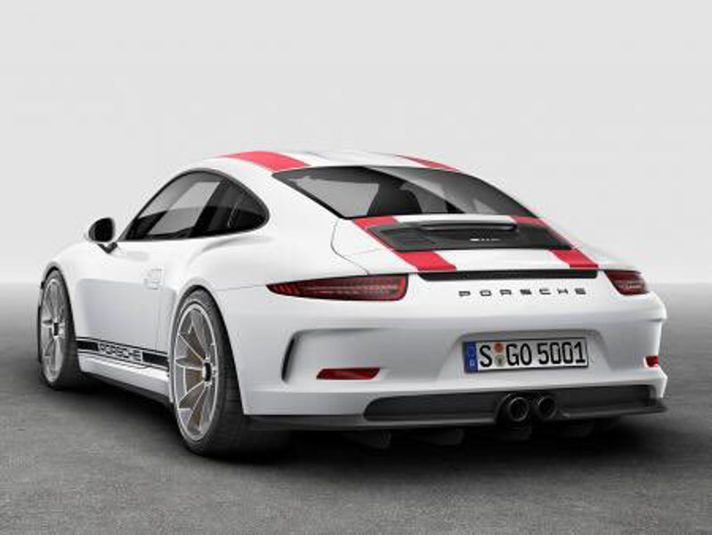 If the details we read are to be believed, the new 911 R is powered by a 4.0 liter flat six making nearly 500 HP and a red line of 8800 RPMs