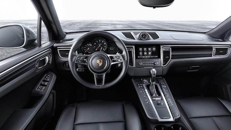 2017 Porsche Macan entry level interior