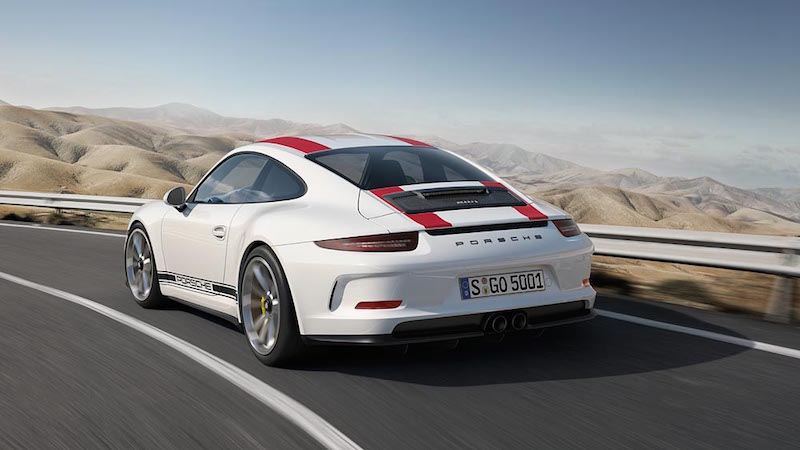 911 R rear sided in motion