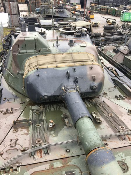 1980-porsche-leopard-maine-battle-tank-for-sale
