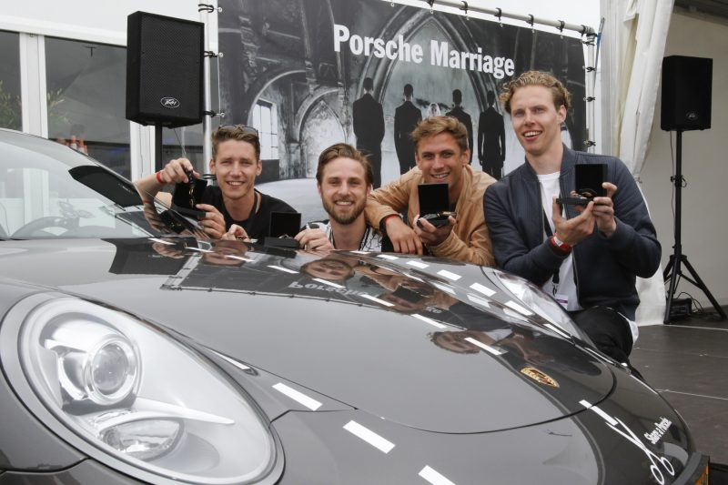 the four winners of the Porsche Marriage contest in the Netherlands