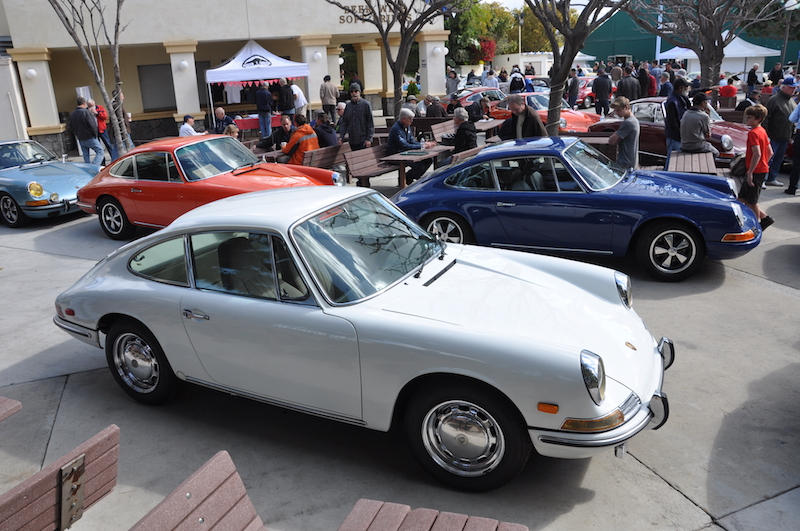 ... Crystal City Car 2014. Merveilleux Porsche 912u0027s Happily Fit In To  The Anaheim Crowd