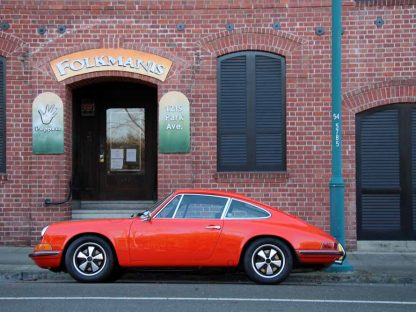 Learn The Entire History Of The Porsche 911 In Just 13 Minutes