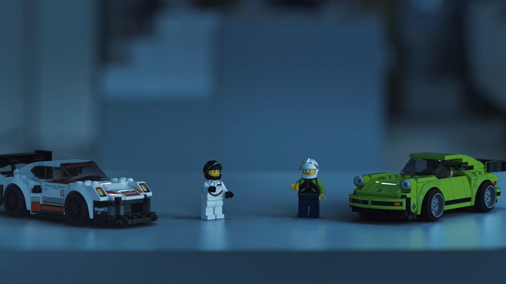 lego speed champions race through the porsche museum after hours flatsixes. Black Bedroom Furniture Sets. Home Design Ideas