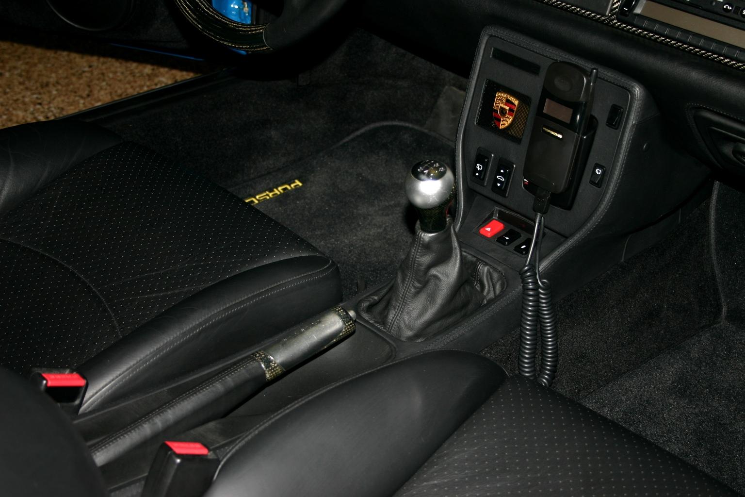 seinfeld-porsche-993-turbos-phone.jpg