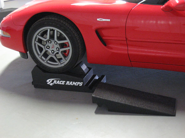 corvette-two-piece-race-ramp