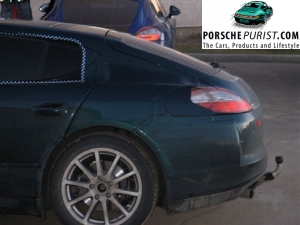 porsche-panamera-close-up-drivers-side-rear-quarter