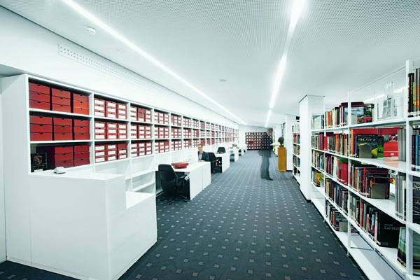 porsche-museum-archives
