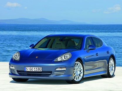 Awards and Accolades Accumulate for the Porsche Panamera