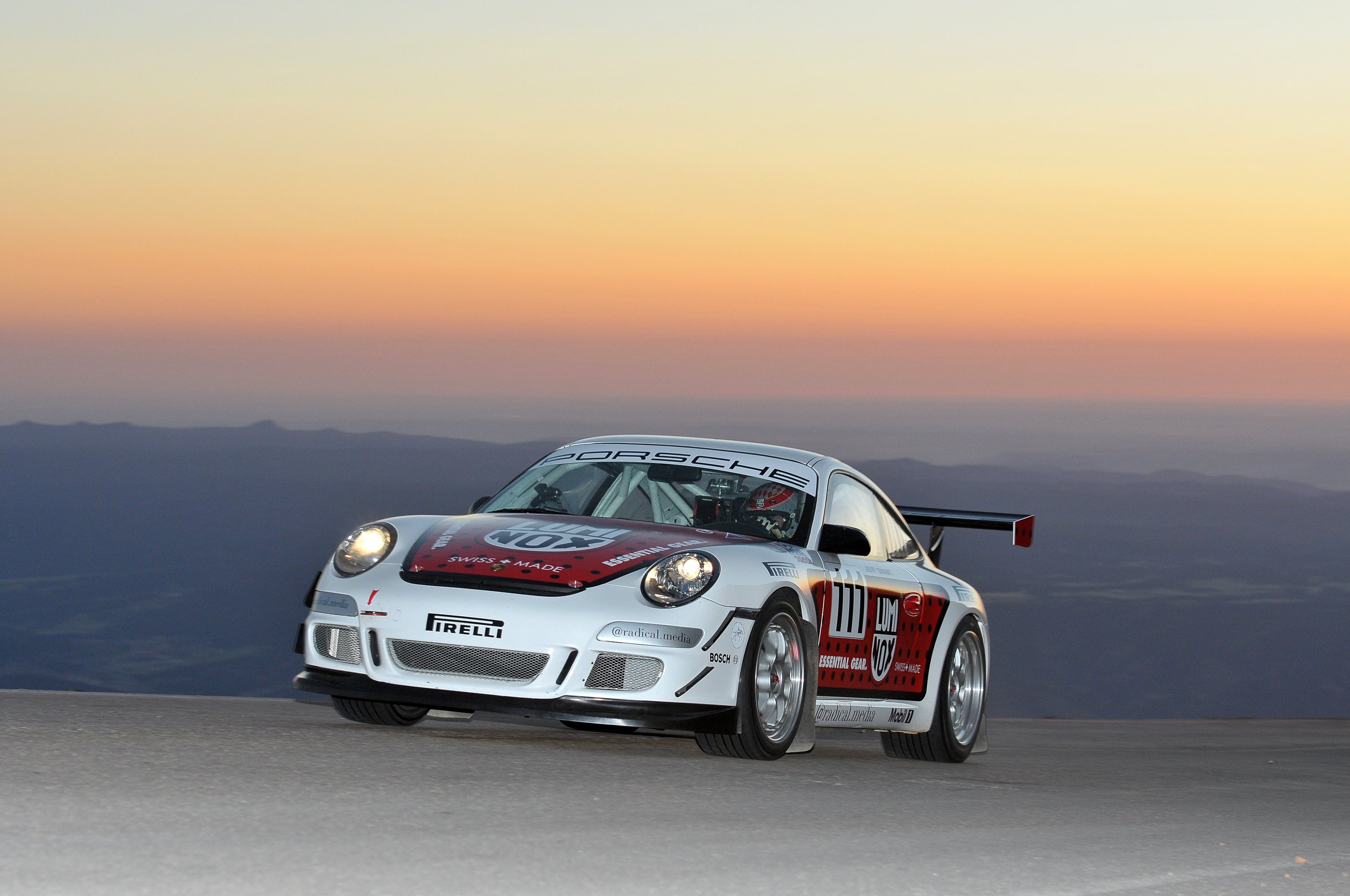 Pushing Porsches Up Pike S Peak Flatsixes