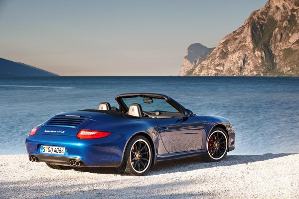 2011 Porschce 911 GTS Cabriolet in Blude