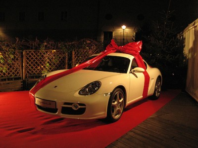 Porsche Gift Ideas and Exclusive Discounts