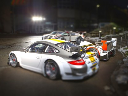 Porsche 911 GT3 RSR 2011 in tilt shift