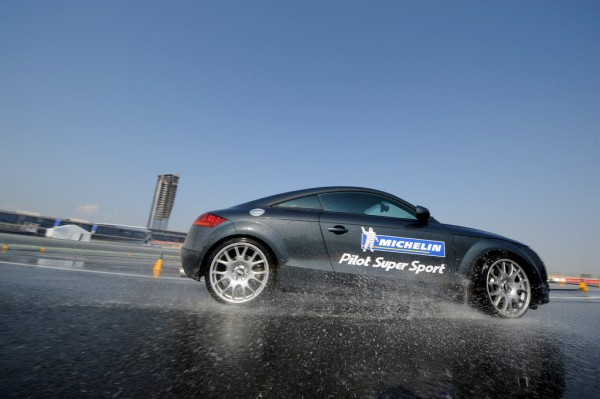 audi tt on skid pad at dubai autodrome