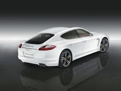 A Panamera created exclusively for the Middle East