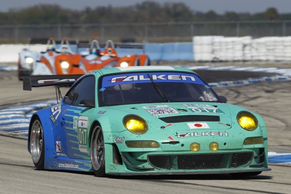 Team Falken Porsche 911 GT3 at Sebring