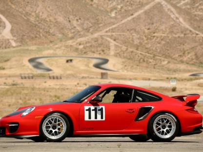 Porsche 911 GT2 RS used by Jeff Zwartz at the 89 Pike Peak Hillclimb