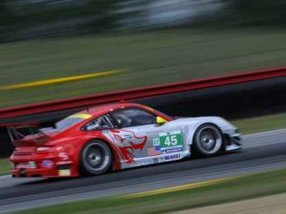 Flying Lizard #45 at Mid Ohio ALMS race