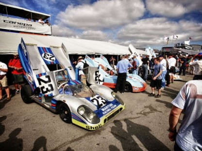 walking the pits during rennsport reunion iv